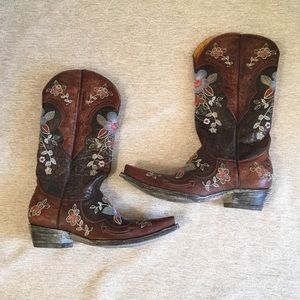Old Gringo embroidered leather cowboy boots